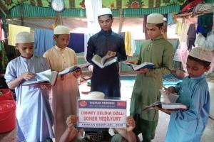 Kur'an-ı Kerim Dağıtımı